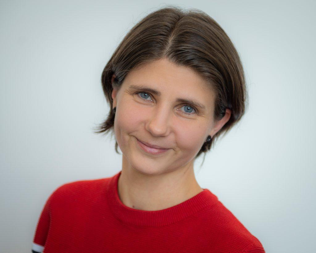 Sandra Jahnke im Fulfillment Center